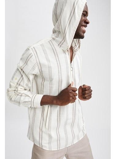 DeFacto Regular Fit Çizgi Desenli Kapüşonlu Uzun Kollu Gömlek Bej
